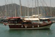Yacht Reina (18 m)